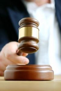 פתיחת תיק גירושין ומרוץ הסמכויות